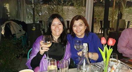 Yesenia Aravena y Carla Tapia